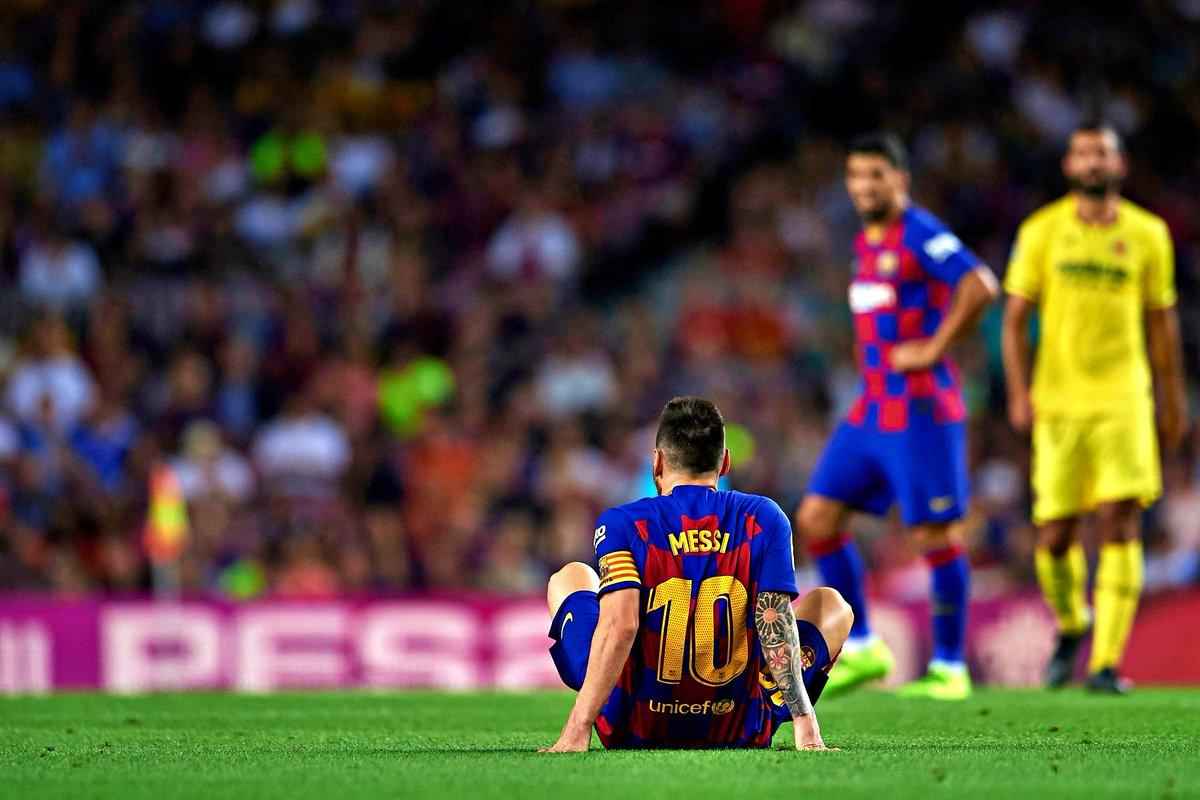 Messi sofreu uma lesão muscular na coxa e está em dúvida para o jogo contra o Inter.