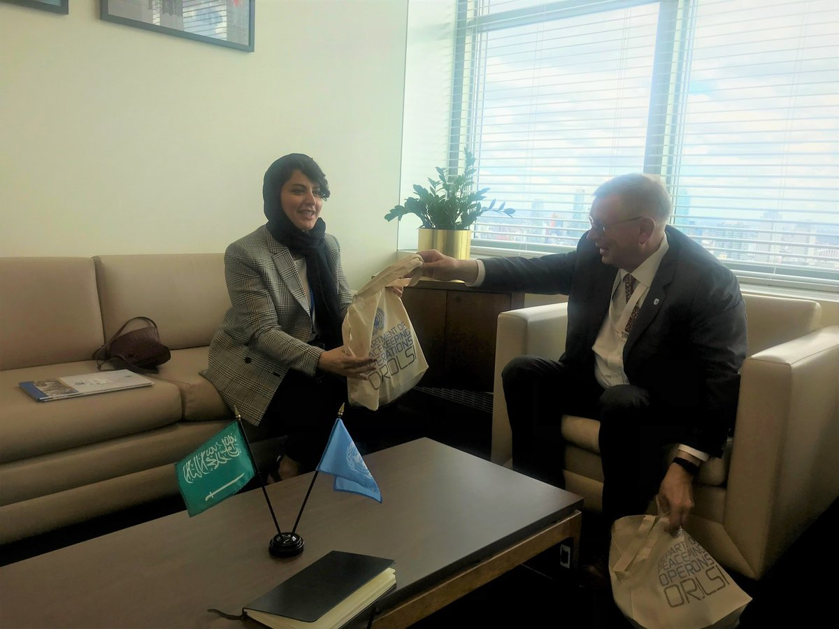 On 24 Sept, United Nations Assistant Secretary-General, Alexandre Zouev, met with HH Princess @HaifaAlMogrin to discuss the work and priorities of #OROLSI for potential collaboration with the Kingdom of Saudi Arabia. #SDGs #UNGA #KSA #RoL4Peace ➡ https://t.co/4LPoqMXwPq https://t.co/h9awI3pvWt