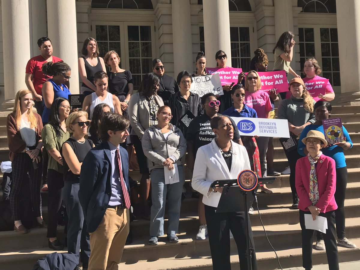 Today, @NYCProgressives introduced a package of bills aimed at increasing rights & legal representation for New Yorkers entangled in the child welfare system, the majority of whom are low income black women, immigrants & women of color. Our statement here: bit.ly/2mFvdh8