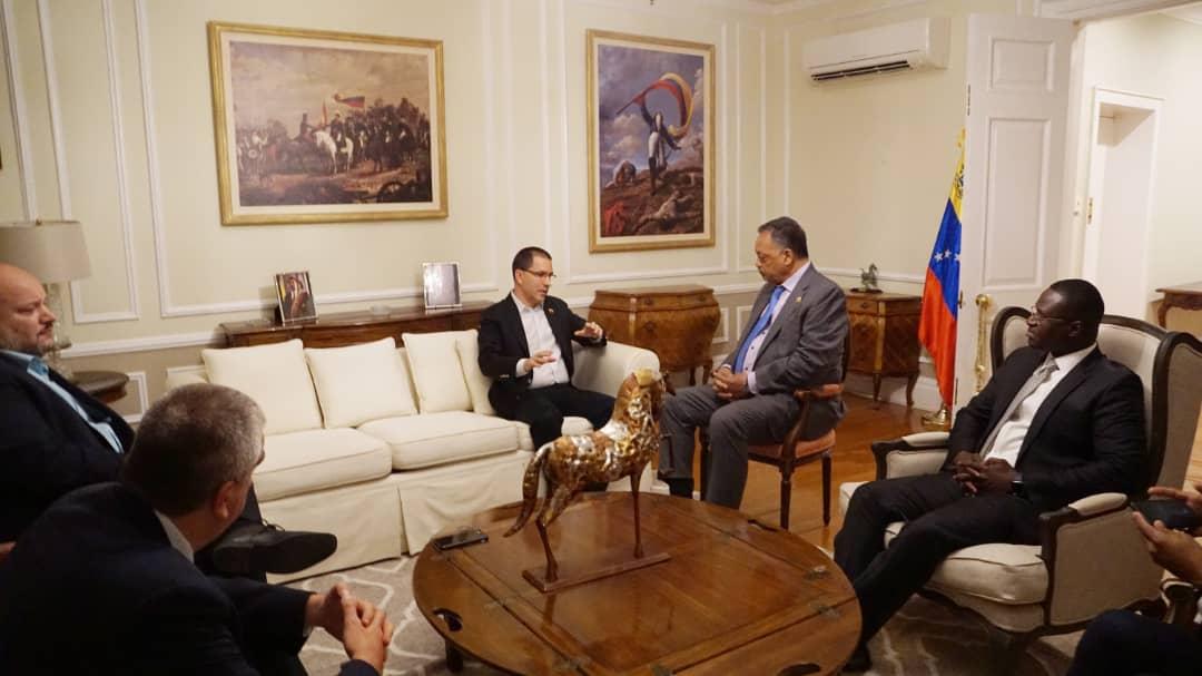 Lavrov - ¿Que harias si fueras presidente? - Página 16 EFW43x5XoAAxW9S