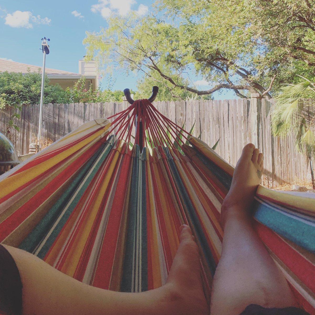 Me: outside,enjoying some time in my hammock Kitten: WTFFFFFFFFFFFF *screams in horror*