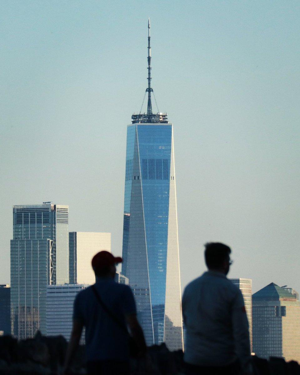 Wednesday evening sunset on the new landmarks in New York City #newyork #newyorkcity #nyc @OneWTC @_HudsonYardsNYC #centralparktower @agreatbigcity