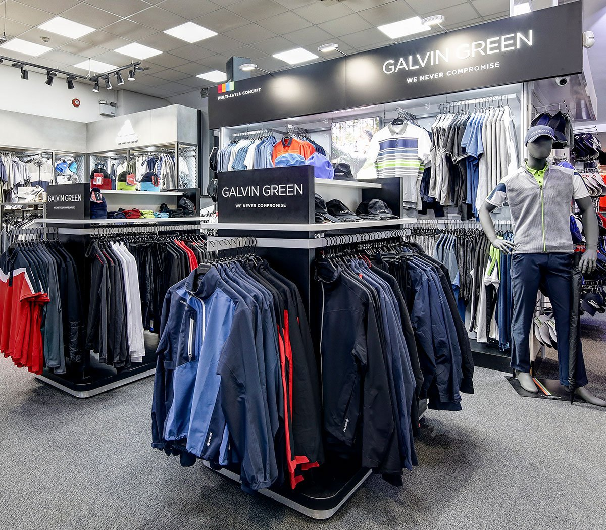 Nice refresh of the Galvin Green 'shop-in-shop' featuring the new AW19 collection. Also a little #ThrowBackThursday to when Christiaan Bezuidenhout visited Silvermere earlier this month.