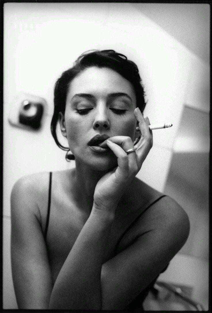 фото курящих красивых актрис странице галереи всех