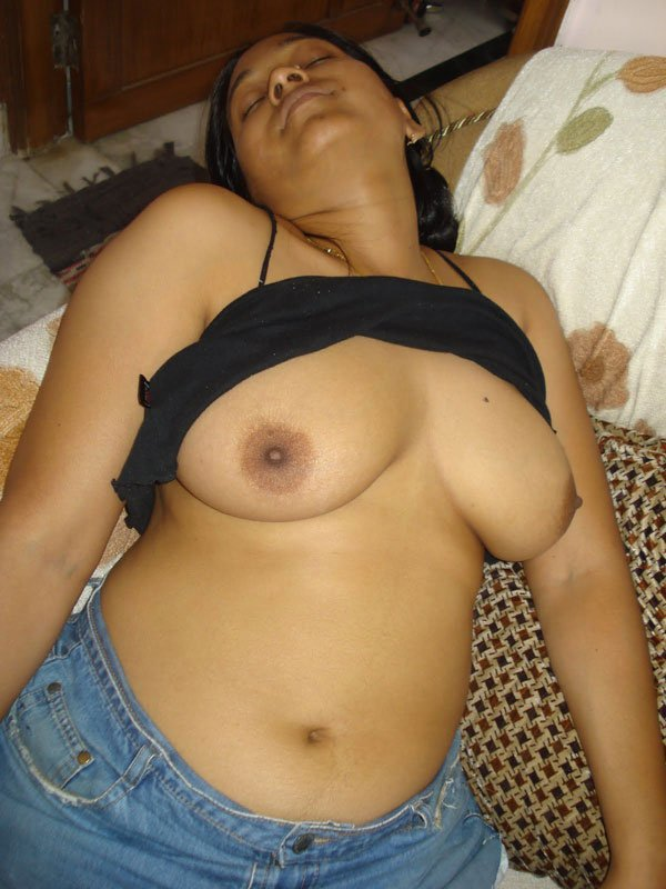 mallu-aunties-in-nudefuking