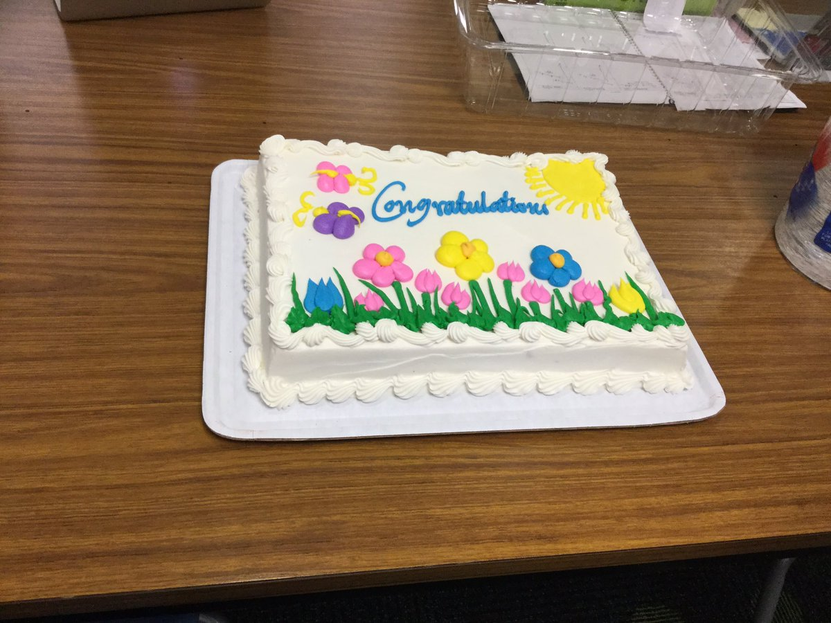 Celebrating our students who completed <a target='_blank' href='http://twitter.com/ArlingtonVALib'>@ArlingtonVALib</a> summer reading. <a target='_blank' href='http://search.twitter.com/search?q=summerreading'><a target='_blank' href='https://twitter.com/hashtag/summerreading?src=hash'>#summerreading</a></a> <a target='_blank' href='http://search.twitter.com/search?q=tjmsrocks'><a target='_blank' href='https://twitter.com/hashtag/tjmsrocks?src=hash'>#tjmsrocks</a></a> <a target='_blank' href='http://twitter.com/JeffersonIBMYP'>@JeffersonIBMYP</a> <a target='_blank' href='http://search.twitter.com/search?q=librarycelebration'><a target='_blank' href='https://twitter.com/hashtag/librarycelebration?src=hash'>#librarycelebration</a></a> <a target='_blank' href='http://search.twitter.com/search?q=BookRecommendations'><a target='_blank' href='https://twitter.com/hashtag/BookRecommendations?src=hash'>#BookRecommendations</a></a> <a target='_blank' href='https://t.co/KDu73hlc8O'>https://t.co/KDu73hlc8O</a>