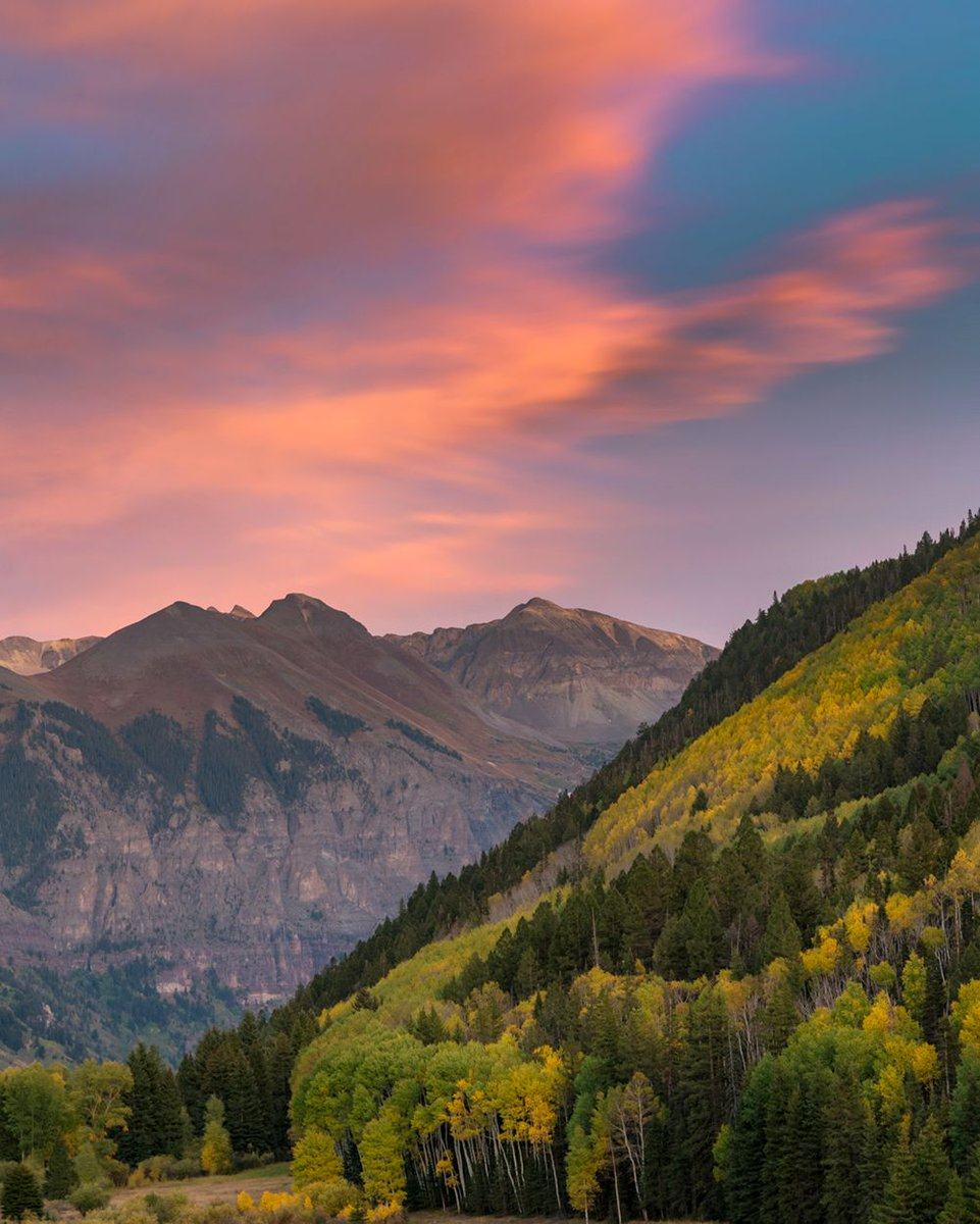 If these mountains could talk... #visittelluride #telluride #telluridecolorado photo: @ryanbonneau