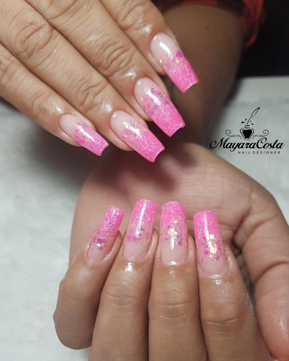 Quando se tem amor pelo que faz dá nisso  . . . #unhas #unhasdefibradevidro #unhasencapsuladas #nails #nailsofinstagram #unhasBrasilpic.twitter.com/DFHbecE3PI