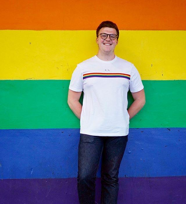 Returned to Brighton for one day...  . . . . . . #pride#rainbow#rainbowwall#brighton#brightonpride#brightonlife#gaypride#gay#gaysnap#gayuk#gayisokay#gayguy#gayboy#gayfarmer#gaylove#lgbt#lgbtq#gayman#instagay#instagaygram#bi#bisexual#outonthefarm#arm…  https:// ift.tt/353vpbF    <br>http://pic.twitter.com/EmPeVlEtXw