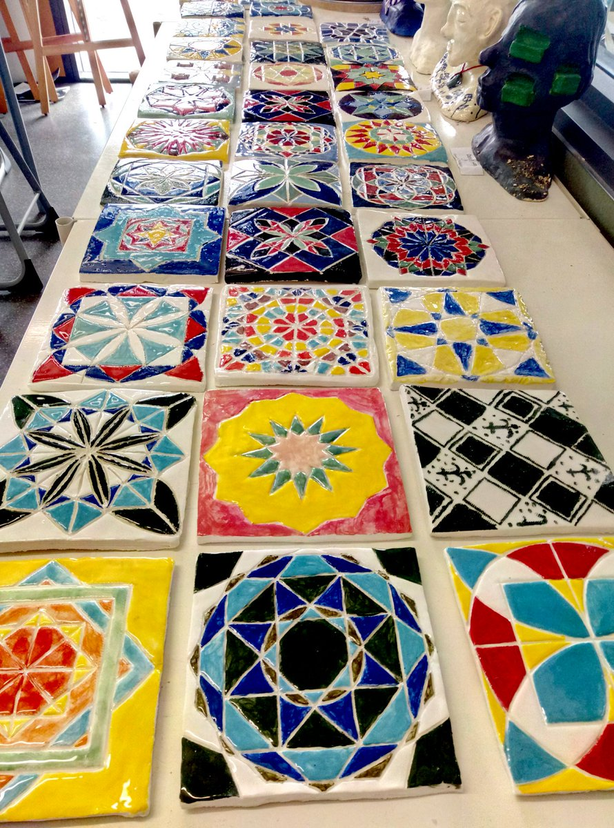 At school taking some of my students fired Arabesque tiles out of the kiln and putting some more in. On track to deliver 51 tiles to the Jamia Hasjid Mosque for their commemorative wall.  School holidays are always so busy! @RHSHamilton #VisualArt #maths<br>http://pic.twitter.com/9ay6URTabk