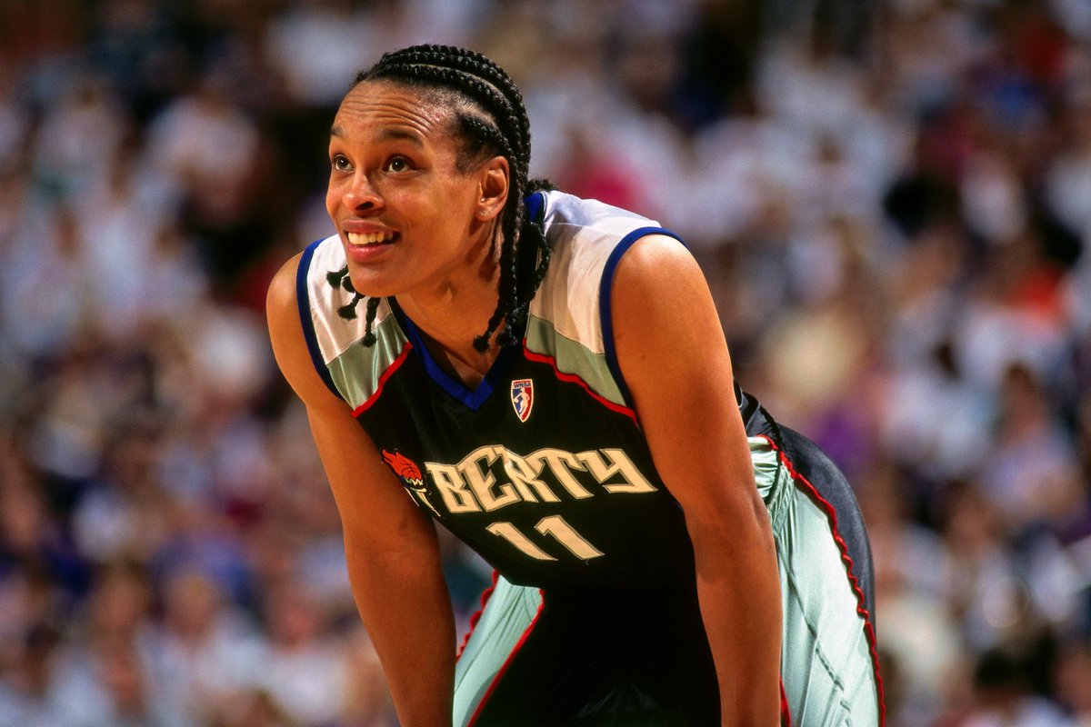 Pelicans are hiring HOFer and 5x WNBA All-Star Teresa Weatherspoon to their coaching staff, per @wojespn New Orleans now has two NY legends on its staff: T-Spoon and Swin Cash 🔥