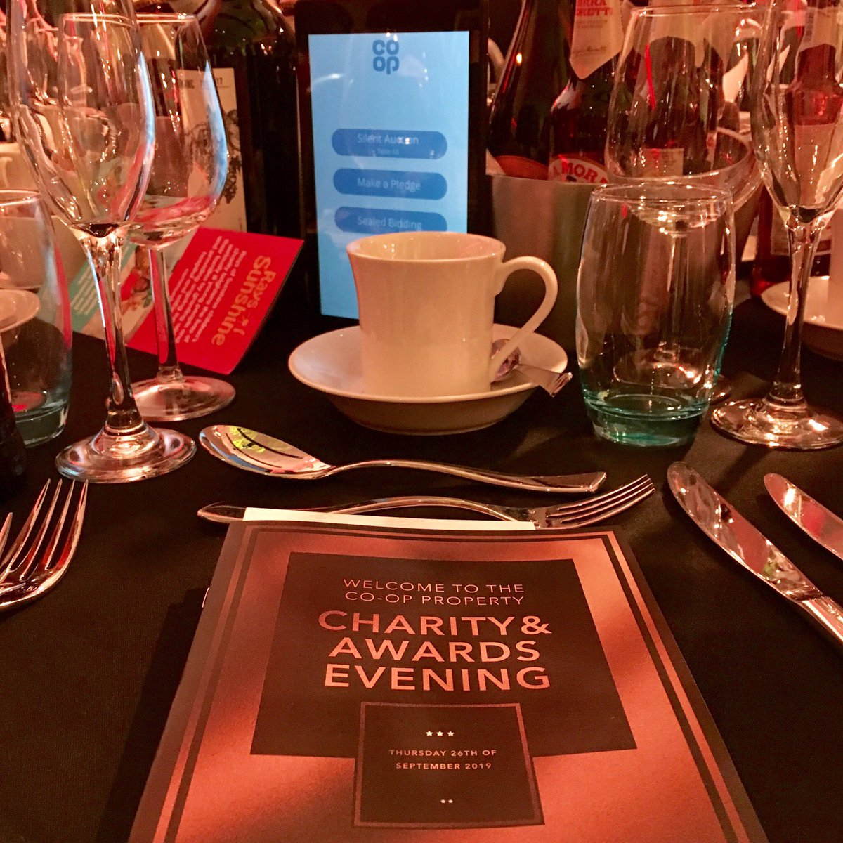 Tonight the Nuttall's team are proud to be attending the Co-op Property Charity & Awards Evening. Good luck to all nominees and here's to a brilliant evening! #coopawards #nuttall #flexeserve https://t.co/YyiwZ1cm2w