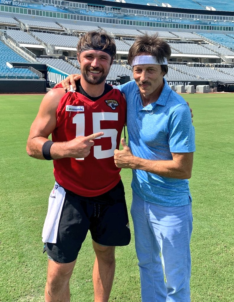 New Photo Of Gardner Minshew, Famous Actor Going Viral