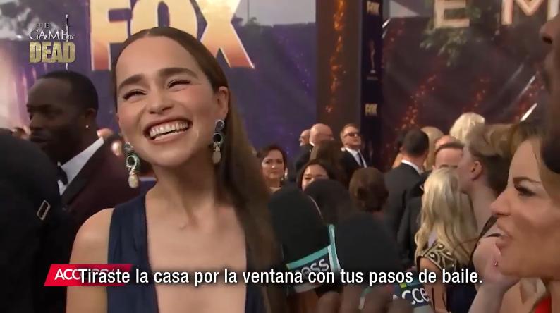 🔴VÍDEO NUEVO! #Subtitulado Entrevista: #EmiliaClarke en la alfombra púrpura #Emmys2019 Ver Aquí➡️ cort.as/-RgEI #JuegodeTronos #Emmys #gameofthrones #daenerystargaryen