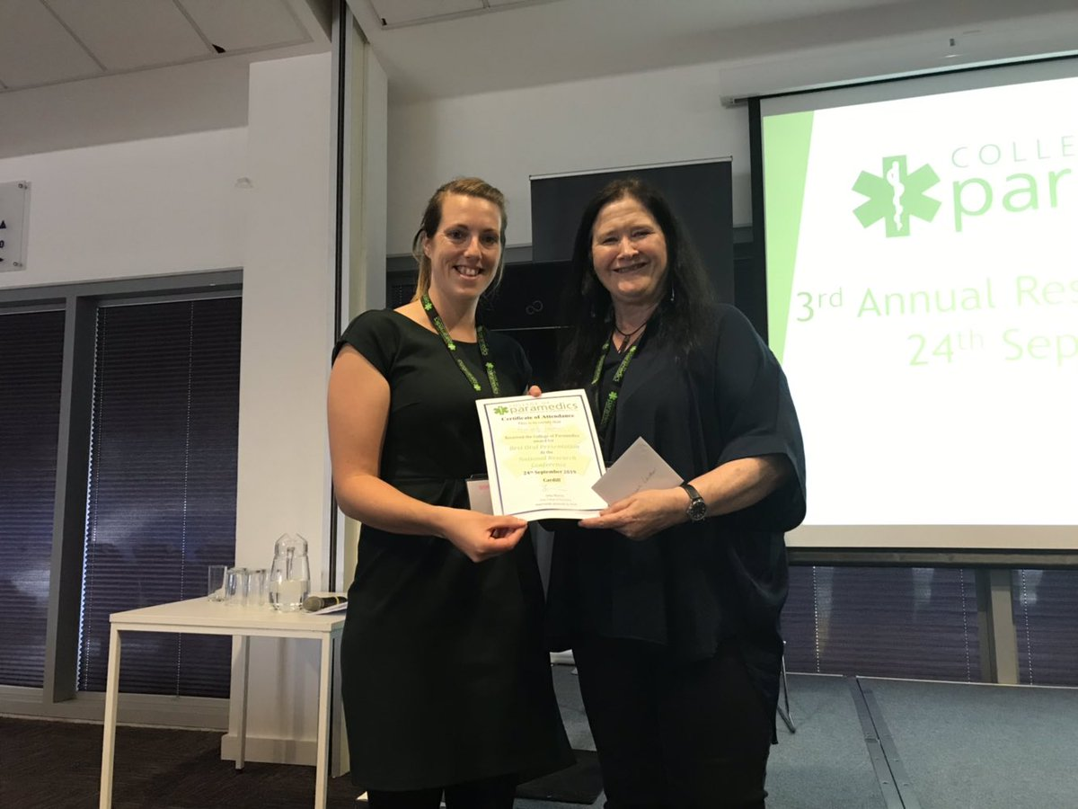 Congratulations to the winners of our @AACE_org sponsored prizes. Hannah Lowther from @WelshAmbulance for her oral presentation on staff health and wellbeing & @SECAmbulance Julian Cotton & Steve Pope for their poster explaining the Last One Waiting Vehicle. #CoPResearch19