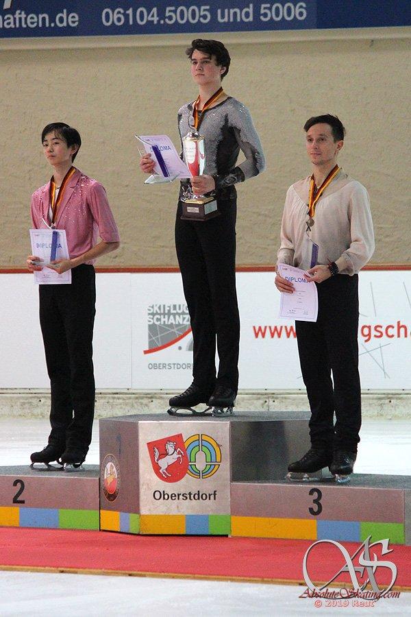 Challenger (5) - Nebelhorn Trophy 2019. 25 - 28 Sep 2019 Oberstdorf / GER EFe2oKCW4AEjdjR?format=jpg&name=900x900