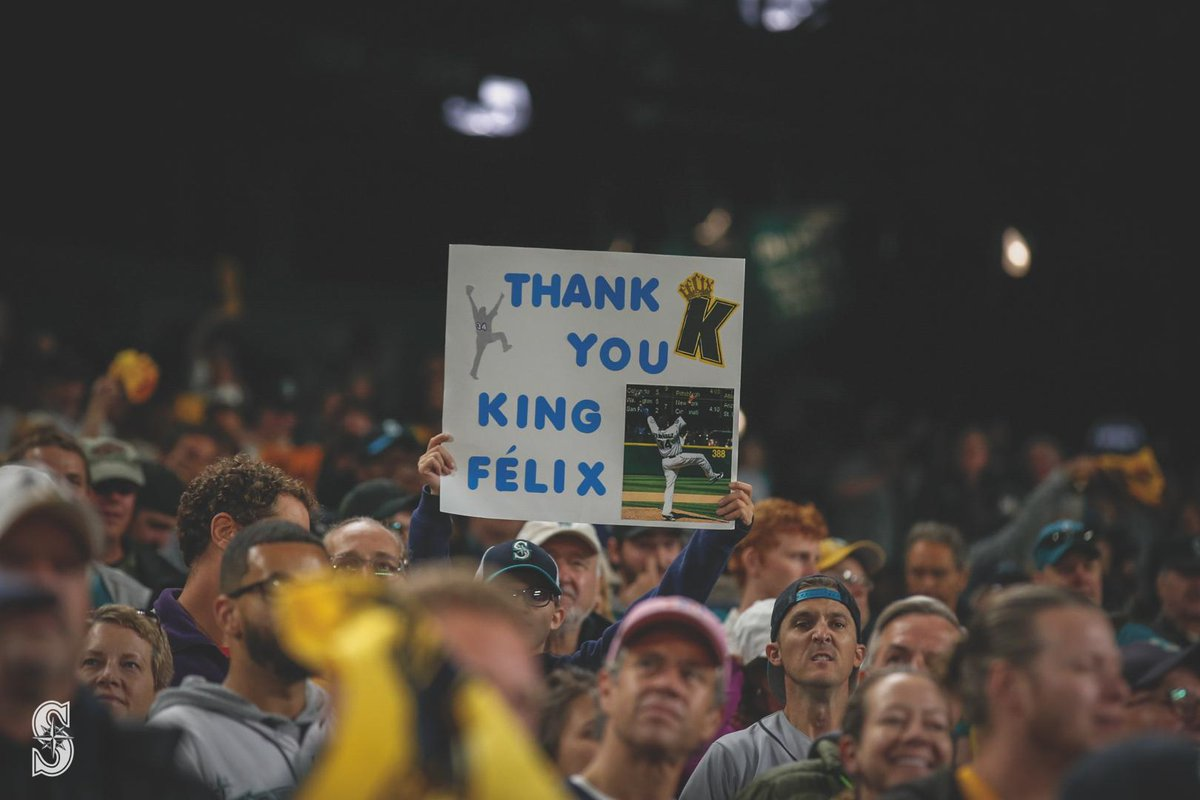 test Twitter Media - RT @Mariners: What a night.  #HappyFélixDay https://t.co/X3qhaWT5u5