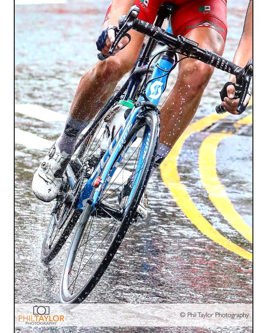 It's a bit wet out there! @VisitHarrogate @UCI_cycling @Yorkshire2019 @Welcome2Yorks #cycling #photographer #harrogate #yorkshire2019 #uciroadworldchampionship #visityorkshire #welcometoyorkshire #photography #bbcyorkshire #yorkshire #uci #roadcycling #harrogatephotographer