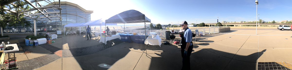 Sun is shining, the grills are hot and we're ready for the DCA Summer Appreciation BBQ! Come see us at the DCA departures level south terrace! @mechnig @jacquikey @Auggiie69 @ke_wiltz @anne_c_k @edavid_allison @carlosbarriera @PrestonOglesby