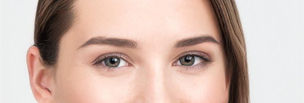 黒目の露出を調節する整形について。保険ではなく美容整形の #眼瞼下垂 であればmm単位のデザインができ、傷跡に配慮した治療ができる✍️名医相談窓口??プロフィールからどうぞ?090-8435-3332#全切開 #目頭切開