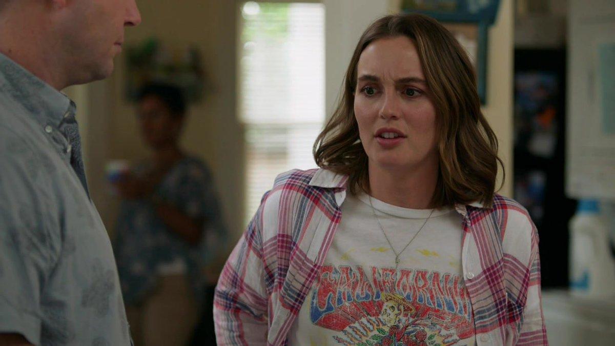 📸   Adicionamos em nossa galeria screencaps de Leighton como Angie no 2x01 - Summer of Freedom de #SingleParents. Confira mais clicando no link: bit.ly/2msnSl3