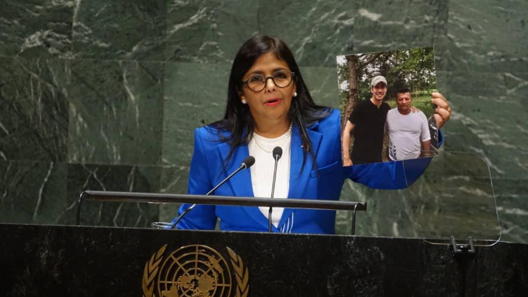 Tag unga en El Foro Militar de Venezuela  EFgd0zeXkAAlziV
