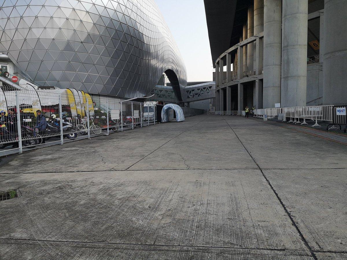 อุโมงค์ มันมาอีกแล้ววว  #KCON2019THAILAND