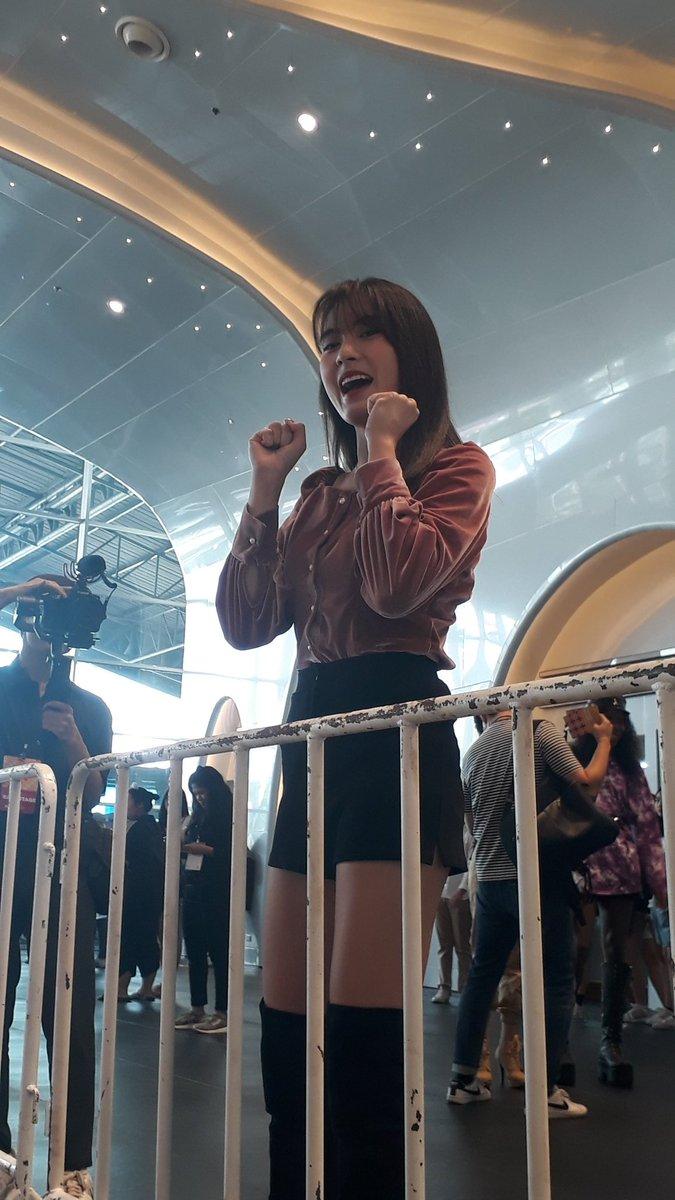 #KCON2019THAILAND  พี่แพรคือน่ารักมากกกมาถ่าย รายการที่เคคอนคือน่ารักเกิ้น>< ❤❤