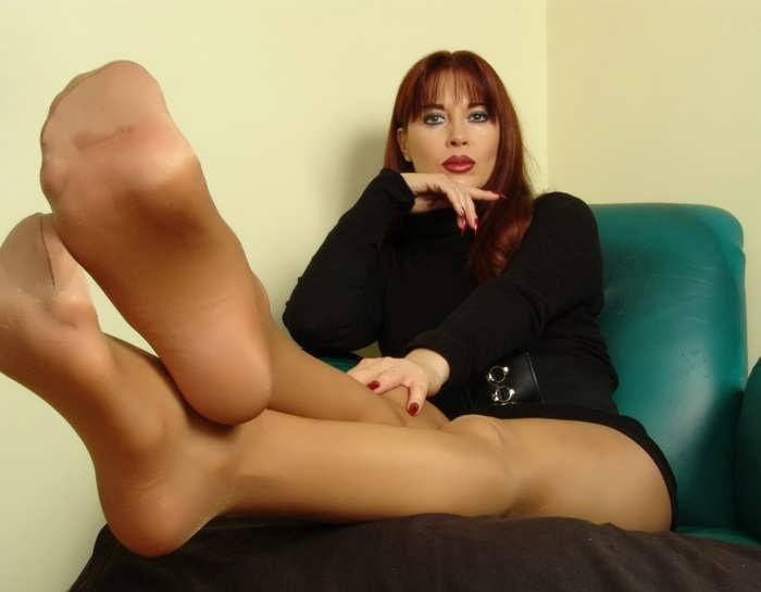 Girls with sexy feet fetish sex chat