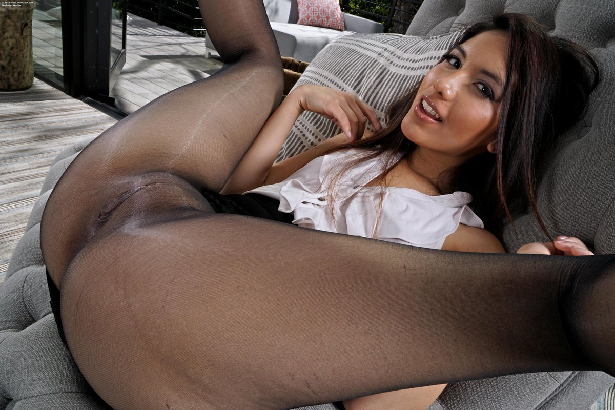 Free Pussy And Pantyhose