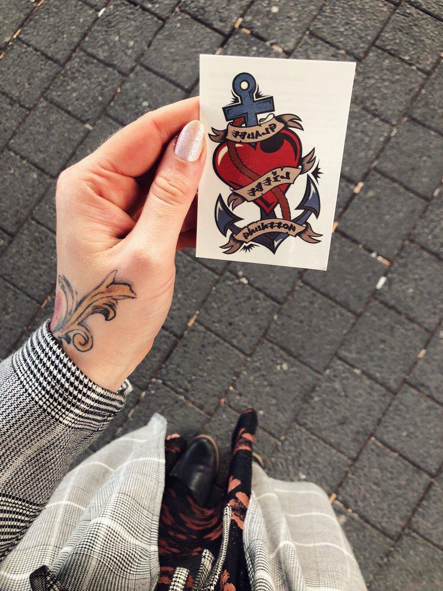 Liebe treue hoffnung tattoo