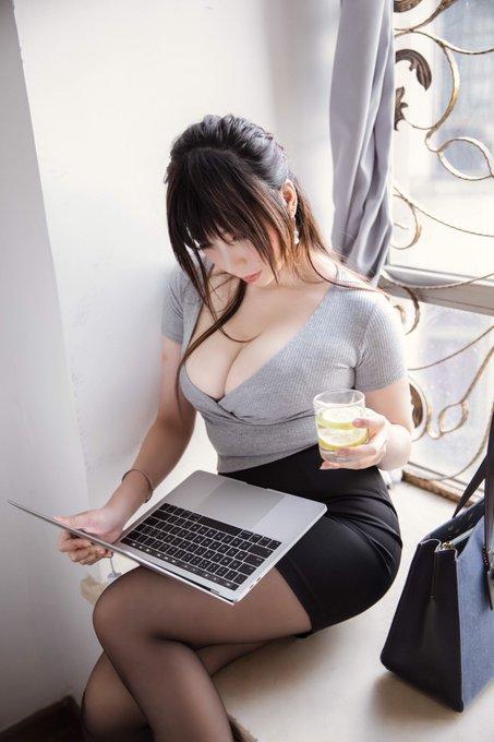 コスプレイヤー鹿野希のTwitter自撮りエロ画像22