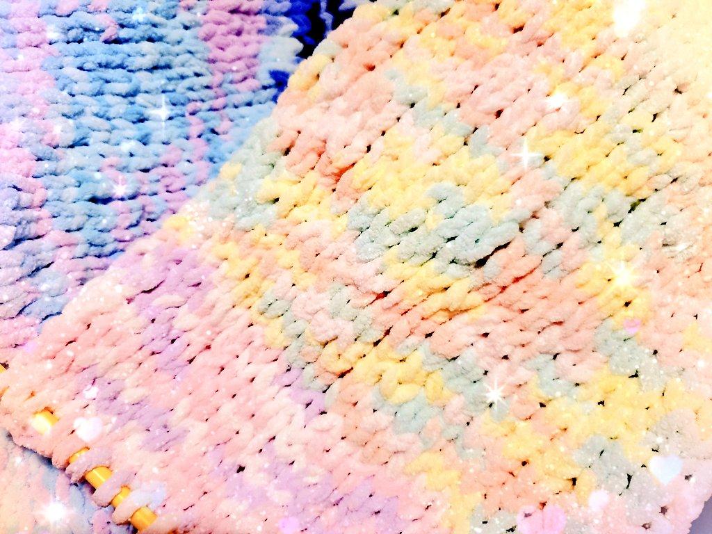 test ツイッターメディア - DAISOさんで毛玉と編み棒買ってきてマフラー編んでます😁 父から長すぎない?って言われたけど自転車に乗るので大きめちょっと長めにしてます(*ˊᵕˋ*)⸝ #DAISO #ダイソー #マフラー編んでます #マフラー #編み物 https://t.co/jItCSnhGiP