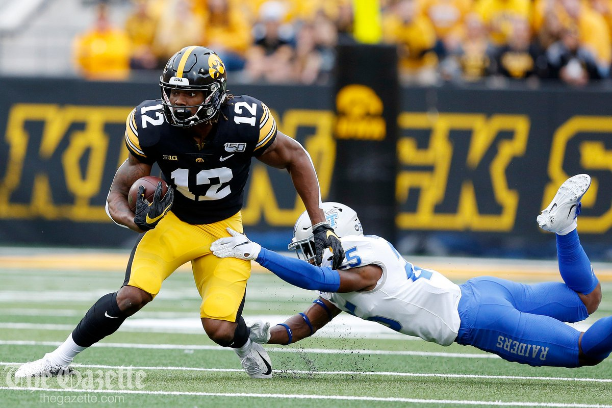 Iowa leads Middle Tennessee 24-0 after the first half - GAME PHOTOS thegazette.com/subject/sports… @CRGazetteSports #Hawkeyes