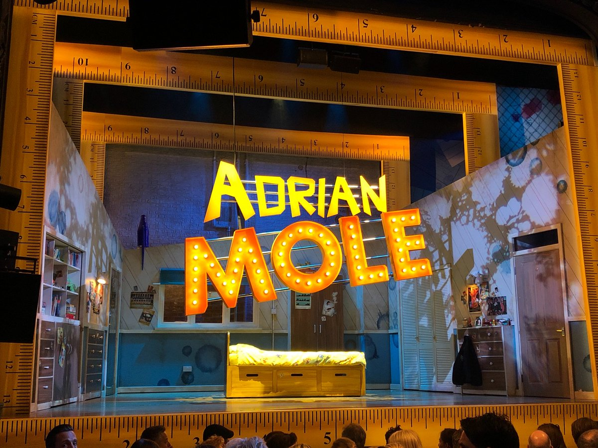 Final show feels @AdrianMoleUK