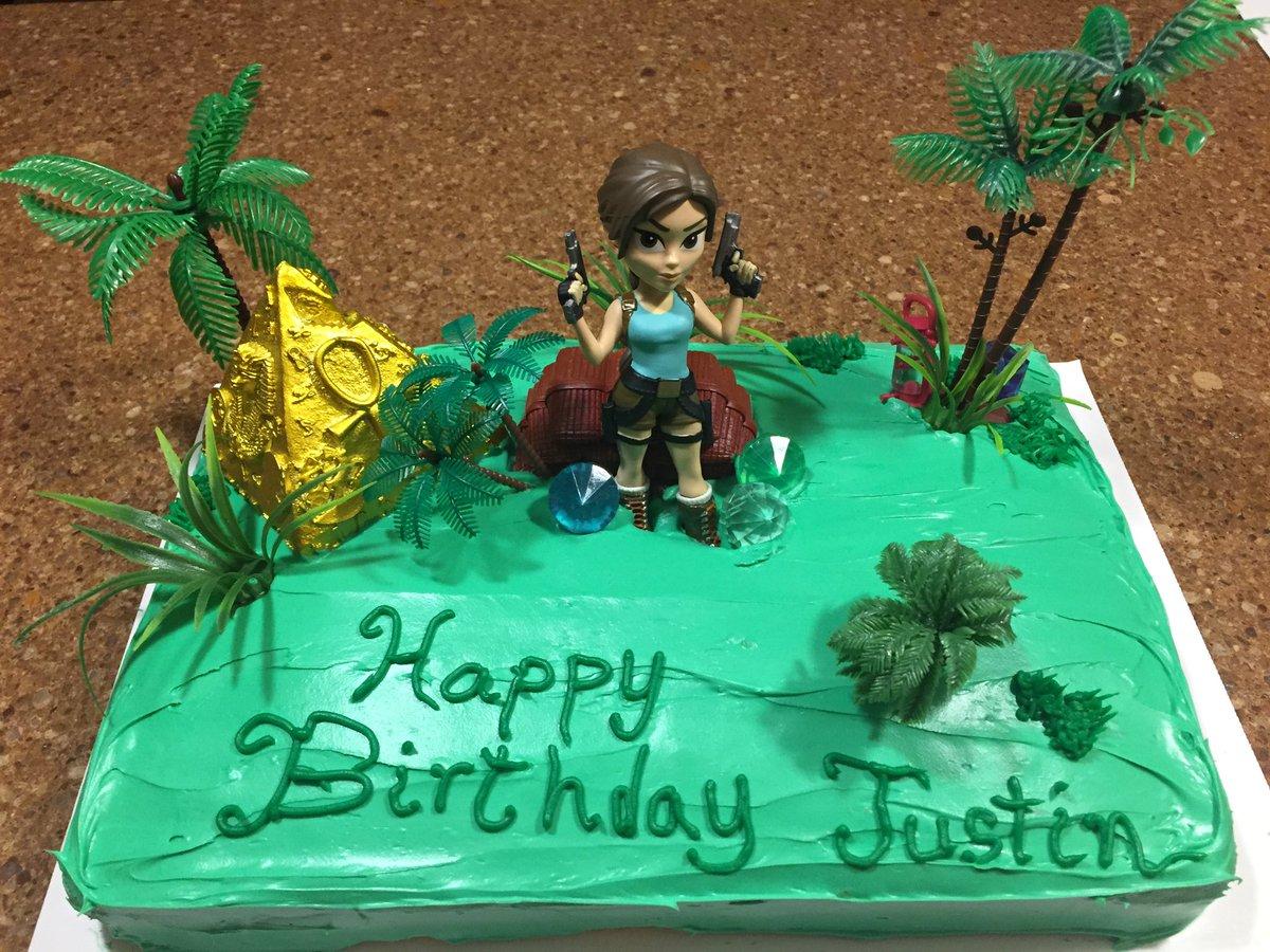#Cake 🍰 Awesome of the Day: #Geek 🤓 @EidosMontreal @SquareEnix @CrystalDynamics #TombRaider #LaraCroft #Birthdaycake 🎂 via @JustAVerySmith #SamaGeek #SamaCake
