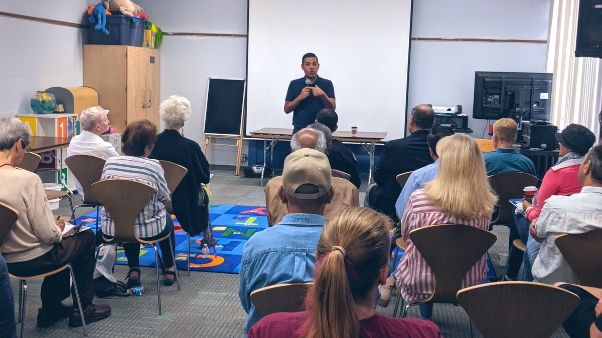 Thank you to all the neighbors from Bixby Knolls who came out to our Meet the Mayor at Dana Library. 😃