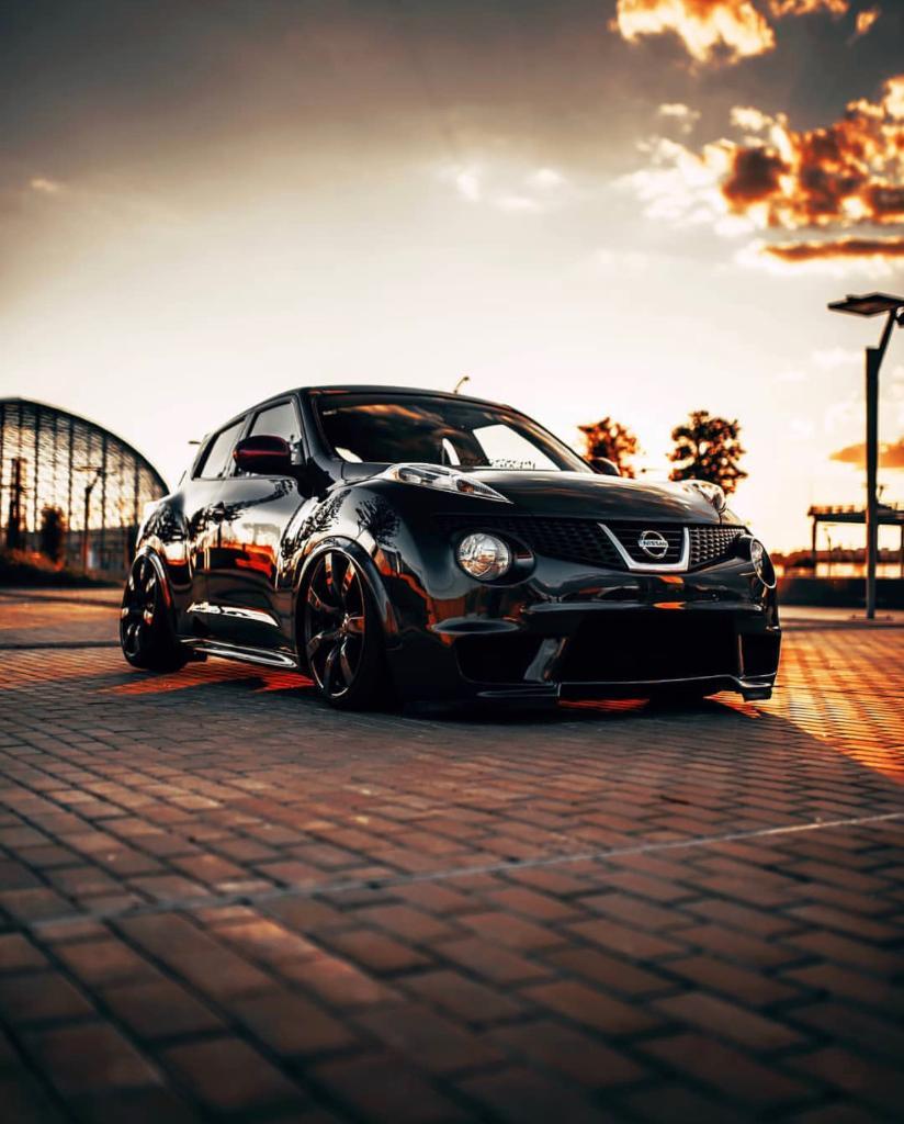 Golden hour should happen every hour. #NissanJUKE #Nissan #JUKE 📷 mikecrawatphotography 🚗 ivan_f15_eurocrew