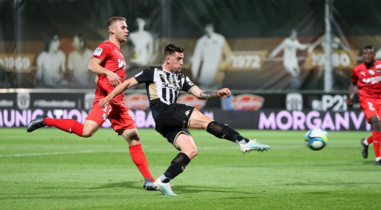 Ouest MEDIAS football Angers SCO Amiens Ligue 1 digital Baptiste Santamaria