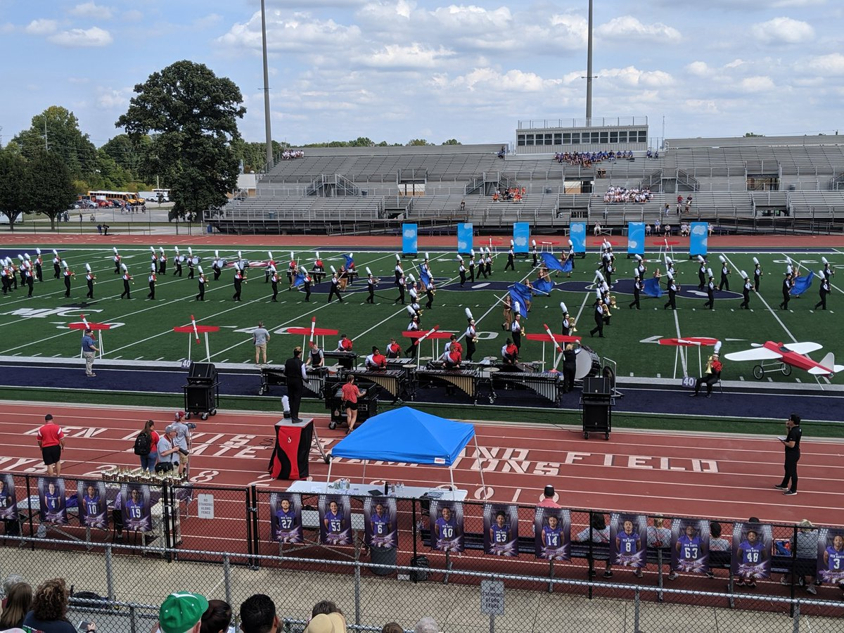 The Marching Cardinals 'Take Flight' today! Great performance Cards! 👏