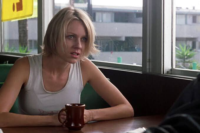 Happy birthday Naomi Watts. The one thing I was clear about Mulholland Dr. was how great an actress she is.