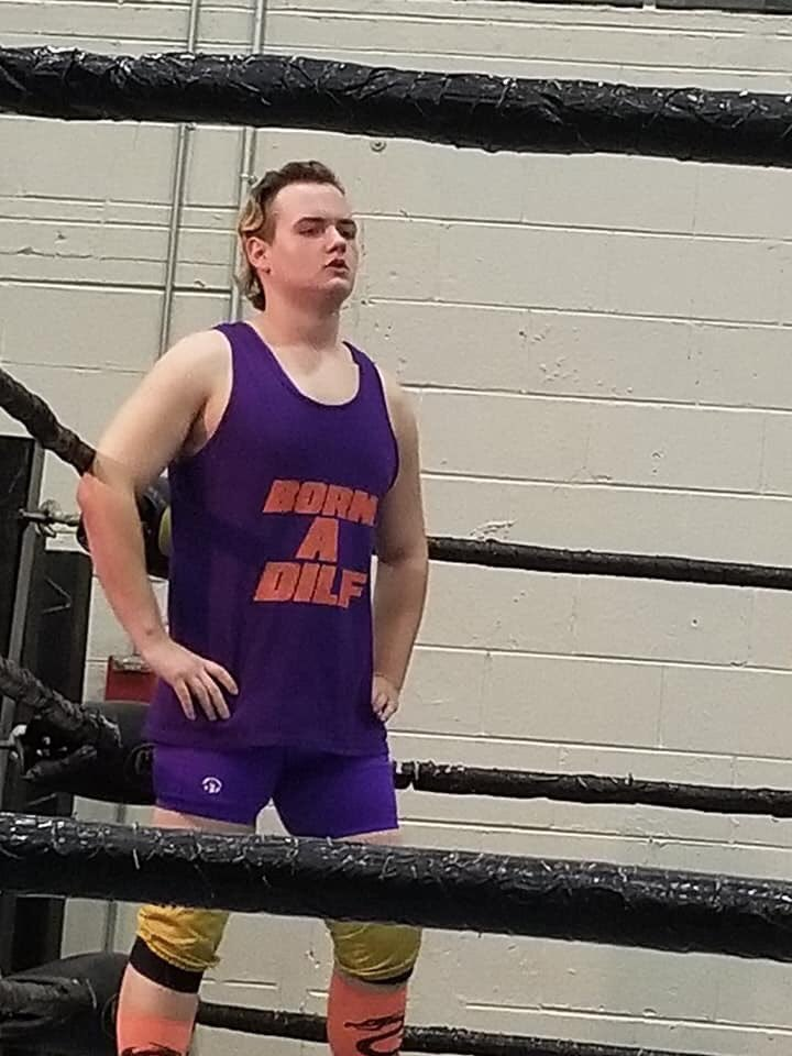 Watch my debut match for @Sideshow_pro_ https://youtu.be/5ioYHOuVD_I #ProWrestling #DilfLife pic.twitter.com/ex0flzxZmq
