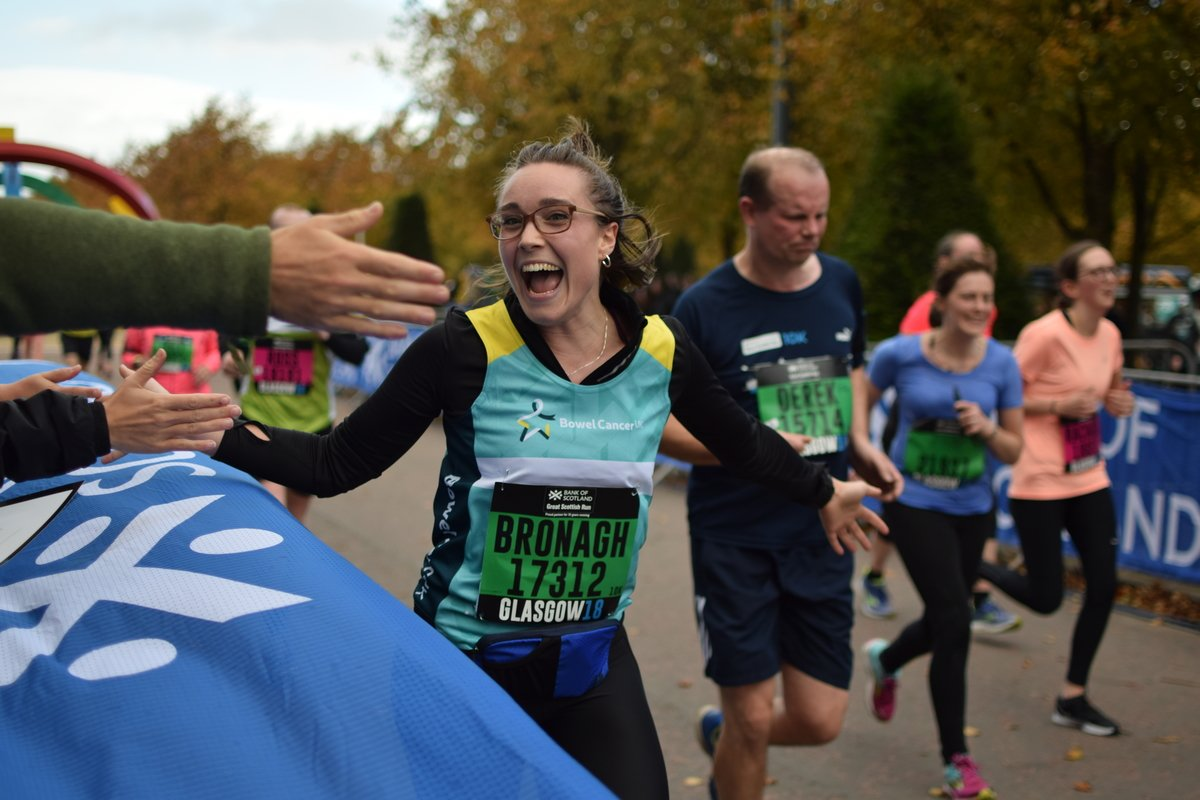 Good luck to our amazing #GreatScottishRun team who are running today in #Glasgow to help us stop people dying of bowel cancer. We look forward to cheering you on the course and seeing you at the finish. Go for it and #BeYourGreatest! <br>http://pic.twitter.com/IT5wharnlJ