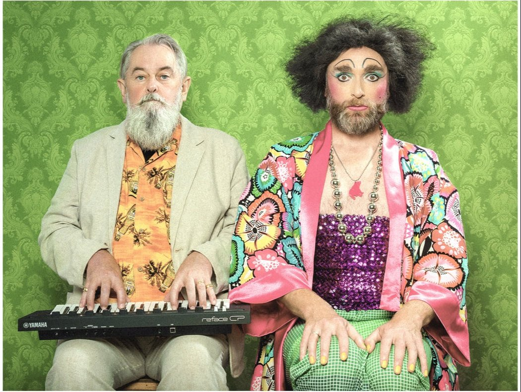 Today 5pm Timberlina & Dr Aspalls Sunday Soiree at the Queens Head closes the 2019 #RyeArtsFestival! Free event. #Jazz standards & #piano plus #bearded #music @mstimberlina @QHRye @RyeINews @1066Tweets @ryesussex
