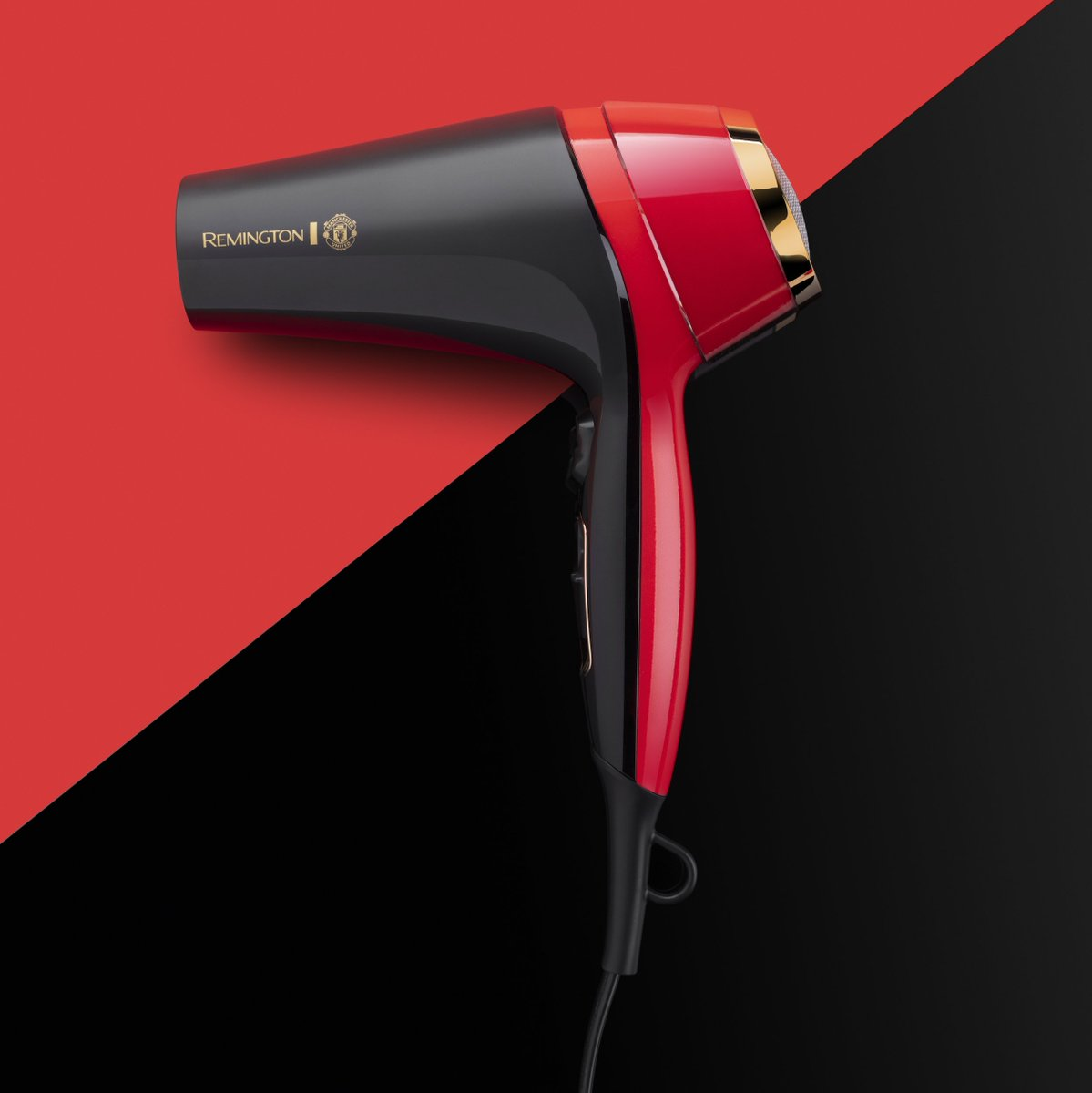 Introducing the Thermacare Dryer, the new must have hairdryer for every @ManUtd lover.  #ManUtd #TheStoryOfYou #Football #MUFC #Manchester_United