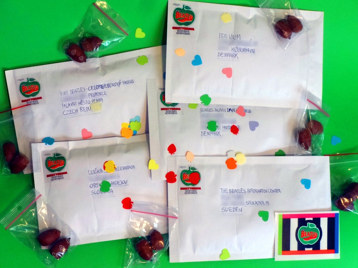Yesterday and today more letters with #acornsforpeace ☮️ This time they flew to #Sweden, #Denmark, #CzechRepublic and #Slovakia! 😍☮️✌️🌳