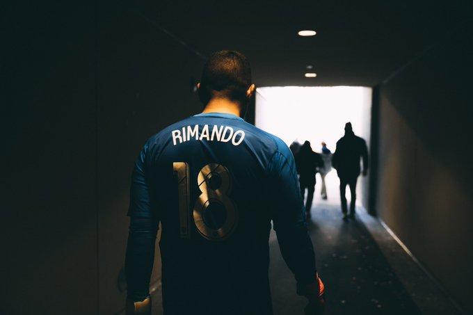 Los porteros más bajos de la historia del futbol -- Shortest goalkeepers in football - Página 4 EFpwM4iUwAA_MH2?format=jpg&name=small