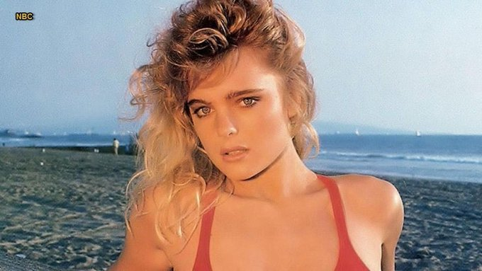Happy Birthday actress Erika Eleniak