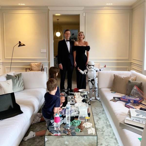 Star Wars Actor Mark Hamill Curses Trump Family Over Photo of Grandchild in Storm Trooper... thegatewaypundit.com/2019/09/star-w…