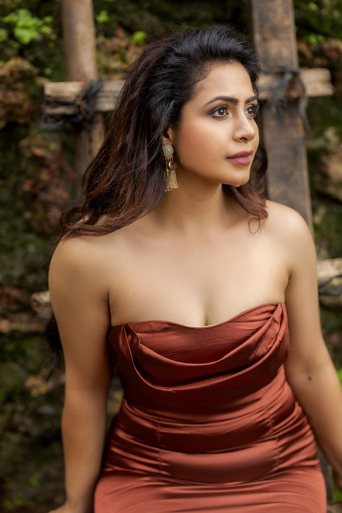 Nandini Rai Age, Web Series, Husband, Height, Biography, Birthday...Worldsuperstarbio.com